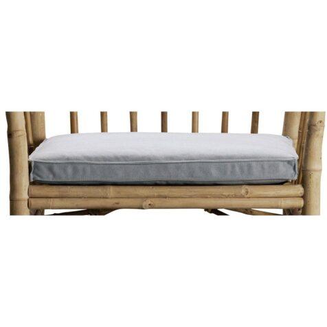 Fåtöljklädsel i ljusgrått från Tine K till bambufåtölj