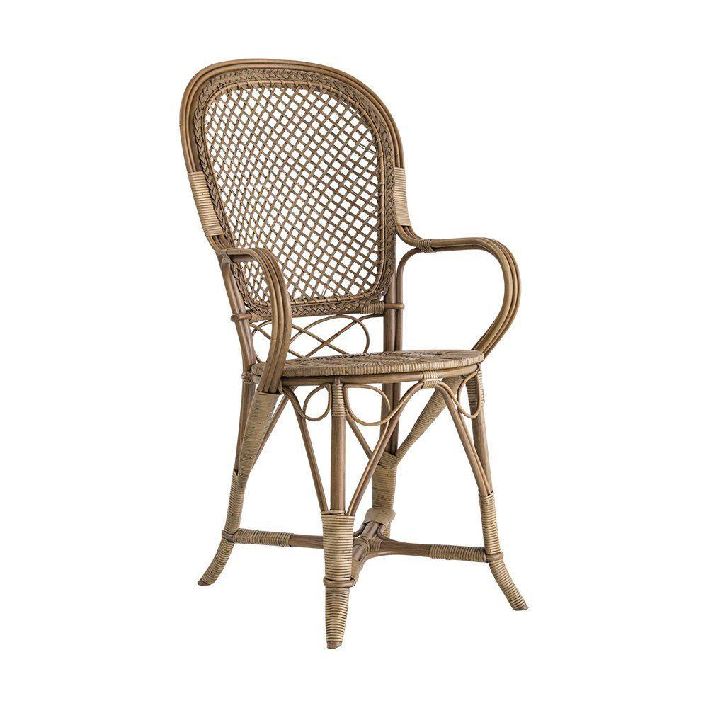 Fleur stol i antikfärgad rotting designad av R Wengler.