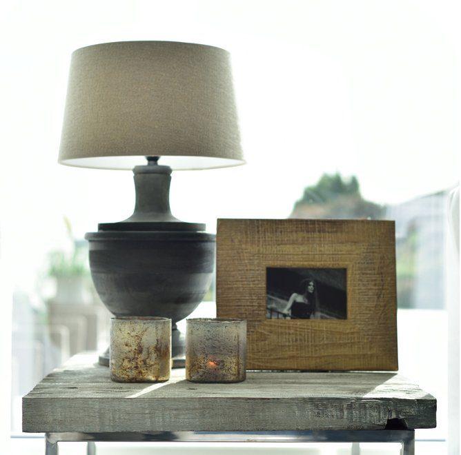 Capri lampa och chill sidobord.