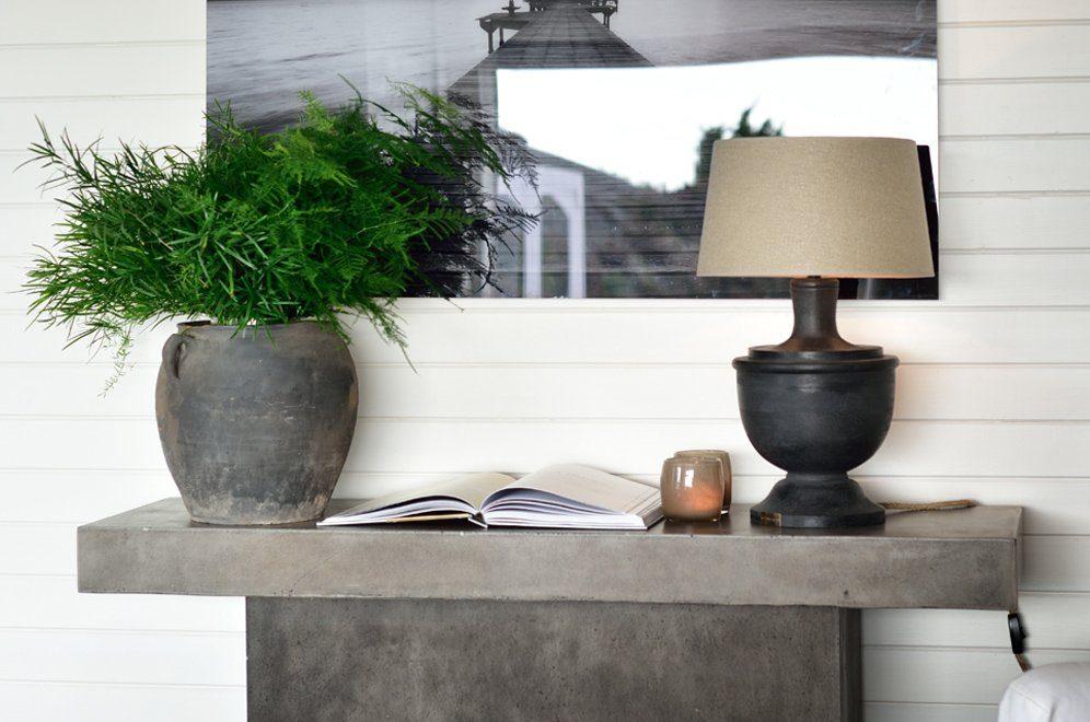 Campos konsolbord och capri lampa från Artwood.