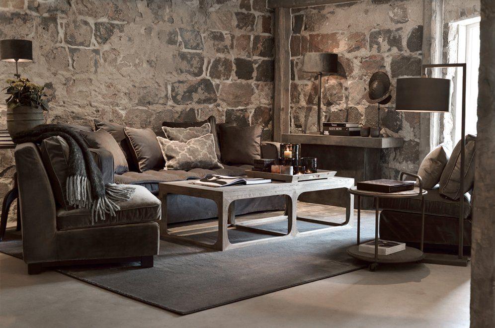 Miljöbild på Greenwich soffa i tyget azimut taupe med Denver soffbord och Midtown fåtöljer.