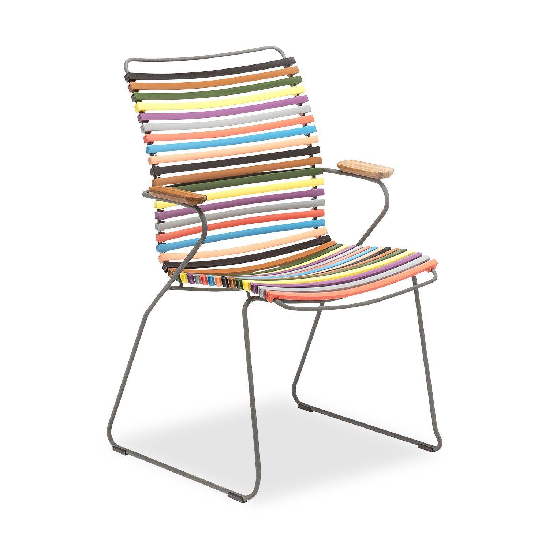Click karmstol med hög rygg och multifärgade lameller.