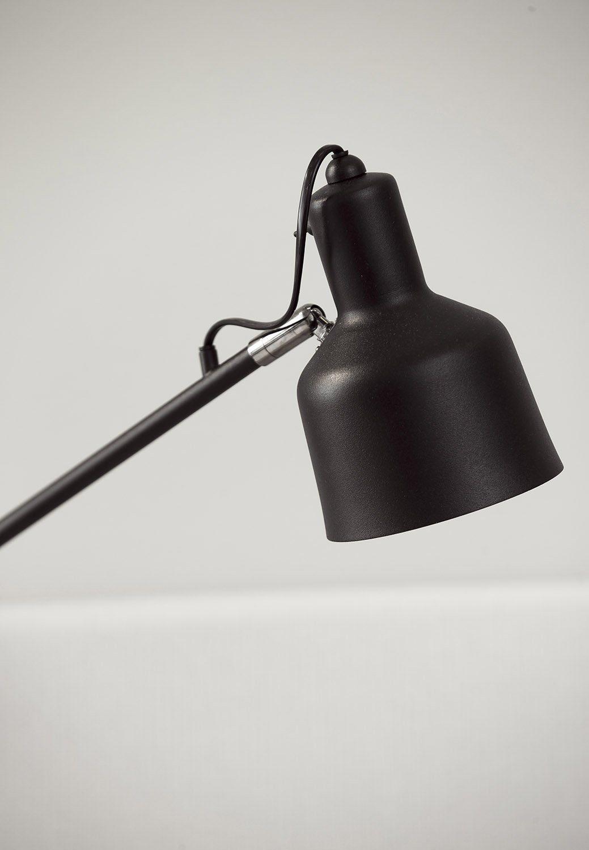 Närbild av lampan Add On från Jensen.