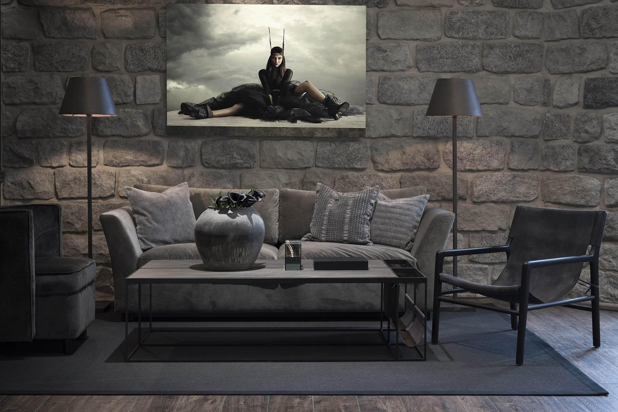 Miljöbild på soffgrupp med Soho soffa, fåtöljerna Soller och Jolie och Magazine soffbord.