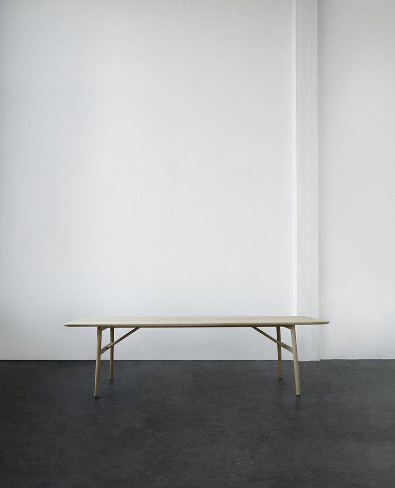 Hven matbord 260x94 cm i ek från Skagerak.