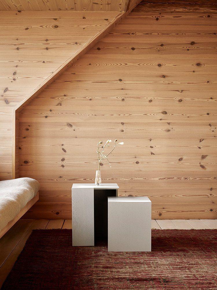 Miljöbild på Building sidobord i två storlekar från Skagerak.