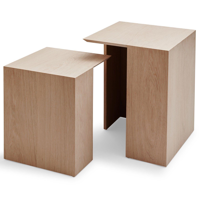 Building bord i två storlekar i ek från Skagerak.