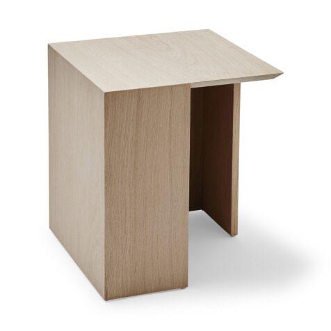 Building bord 34,5 cm i ek från Skagerak.