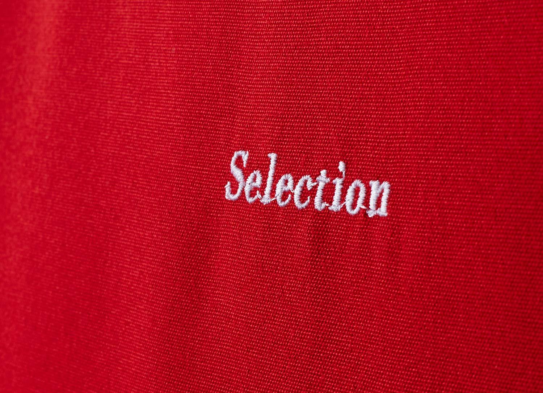 Detaljbild på Selection dyna i rött från Fritab.