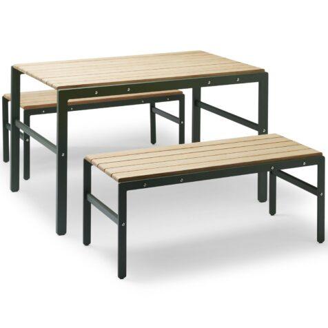 Reform grupp i aluminium och teak med bänkar och bord från Skagerak.