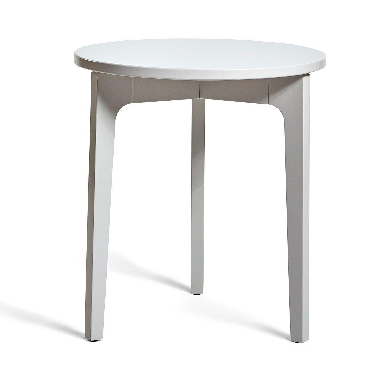Höllviken sidobord i ljusgrått från Mavis.