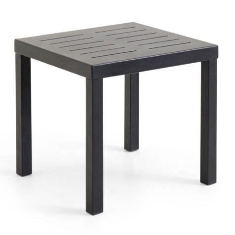 Sidobord i serien Belfort, här i svart aluminium i storleken 50x50 cm.