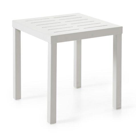 Sidobord i serien Belfort, här i vit aluminium i storleken 50x50 cm.