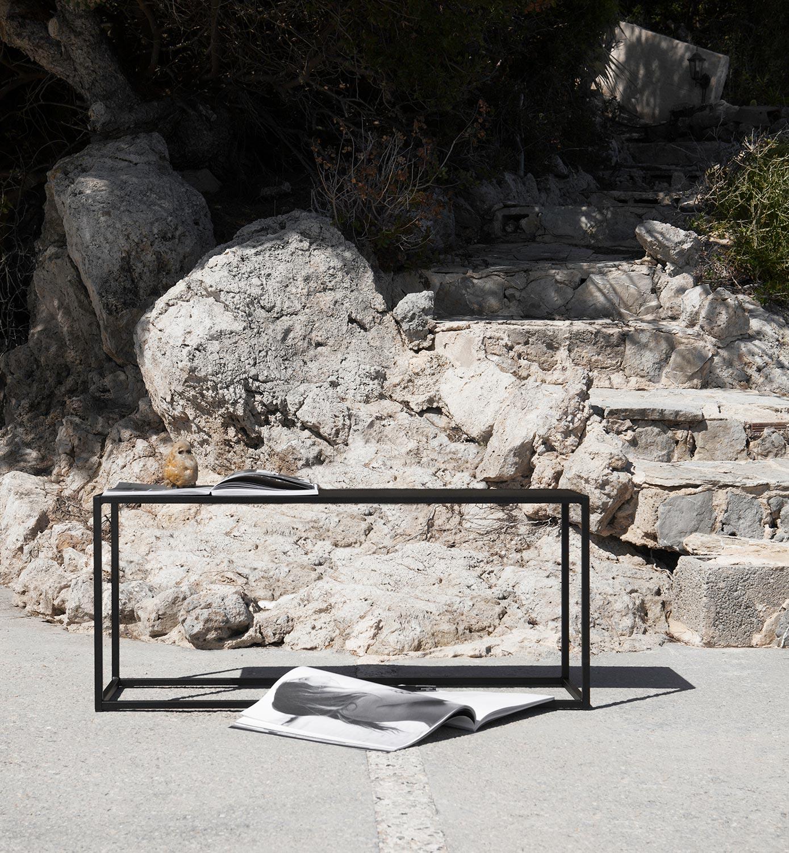 Bänk för utomhusbruk från Domo Design.