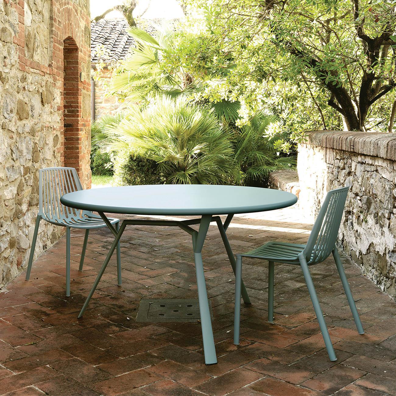 Radice Quadra bord i storleken 130 cm i en miljöbild.