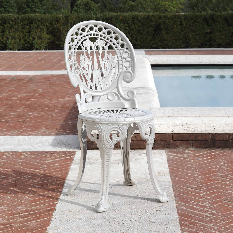Narcisi stol i aluminium från Fast Design i färgen White.