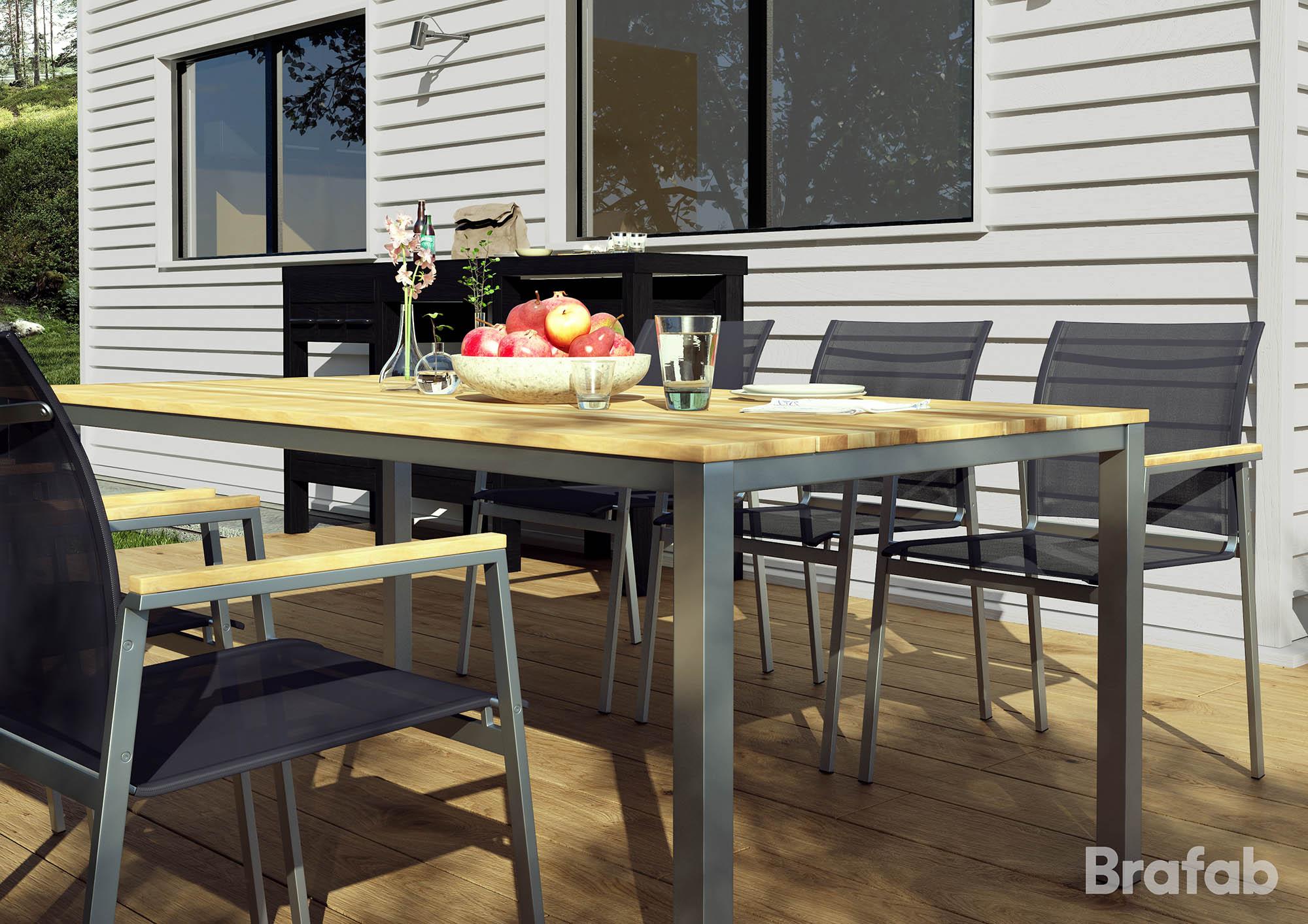 Miljöbild på HInton matbord och karmstolar från Brafab.