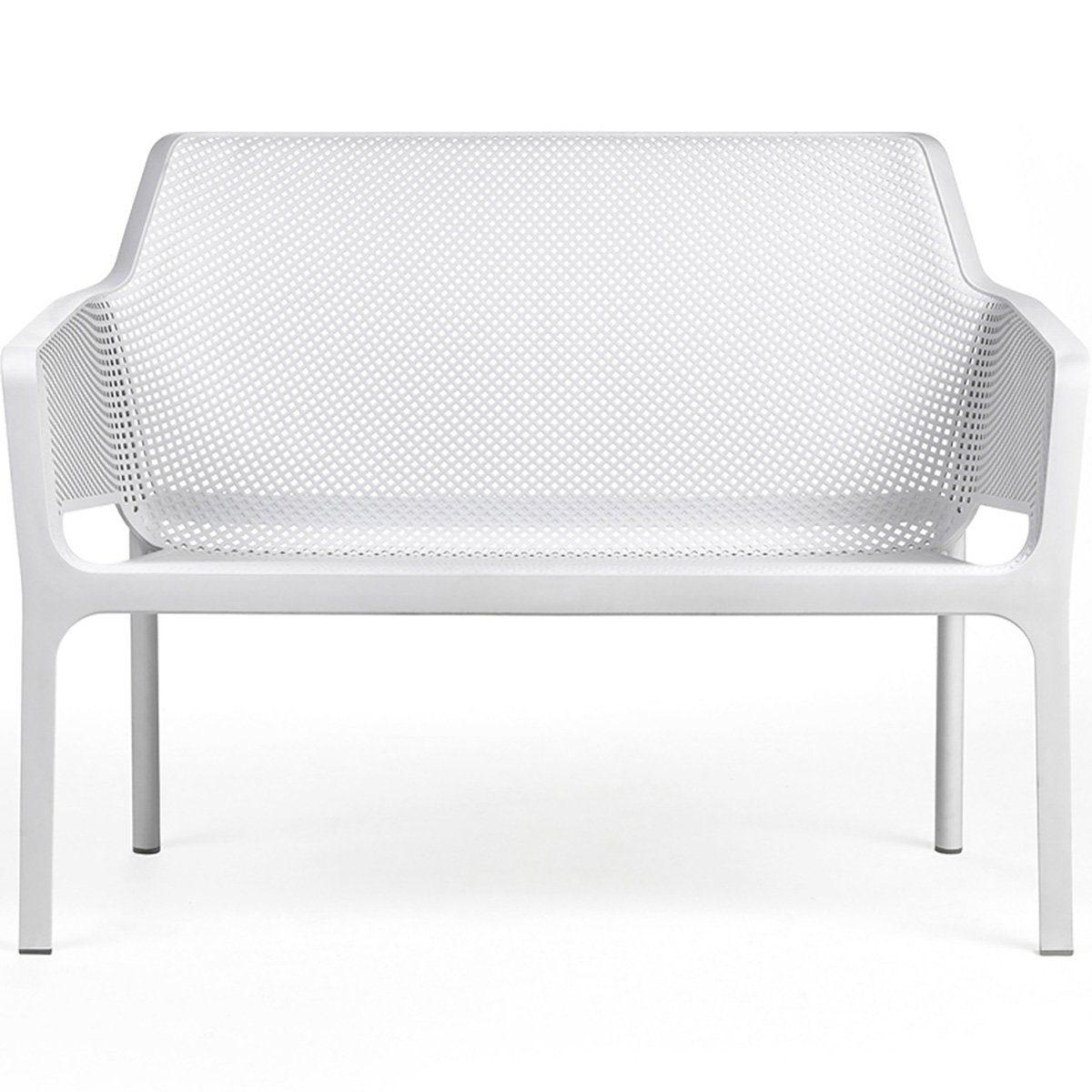 Net 2-sitssoffa i vit plast från Brafab.