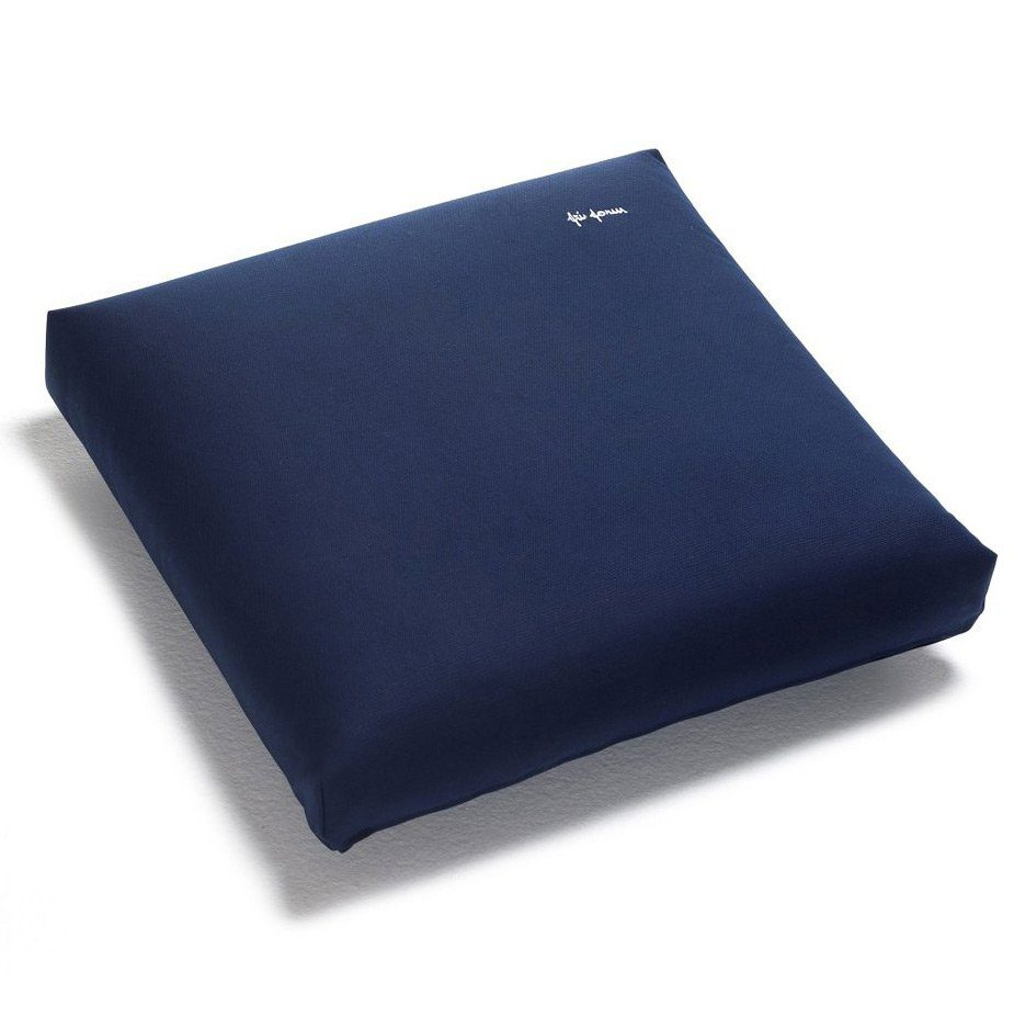 En vattentät Fri Form dyna med måtten 55x55 cm i blått.