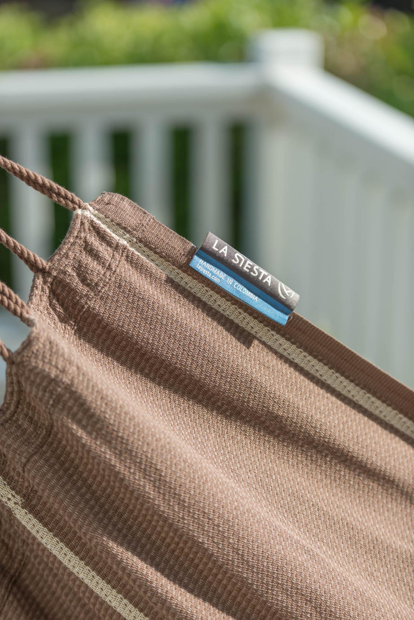 Detaljbild på hänggungan Habana från varumärket La Siesta.