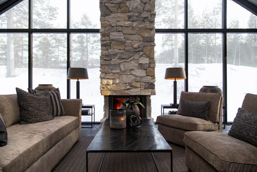 Miljöbild Stafford soffa, Town lungefåtölj, Mille soffbord från artwood