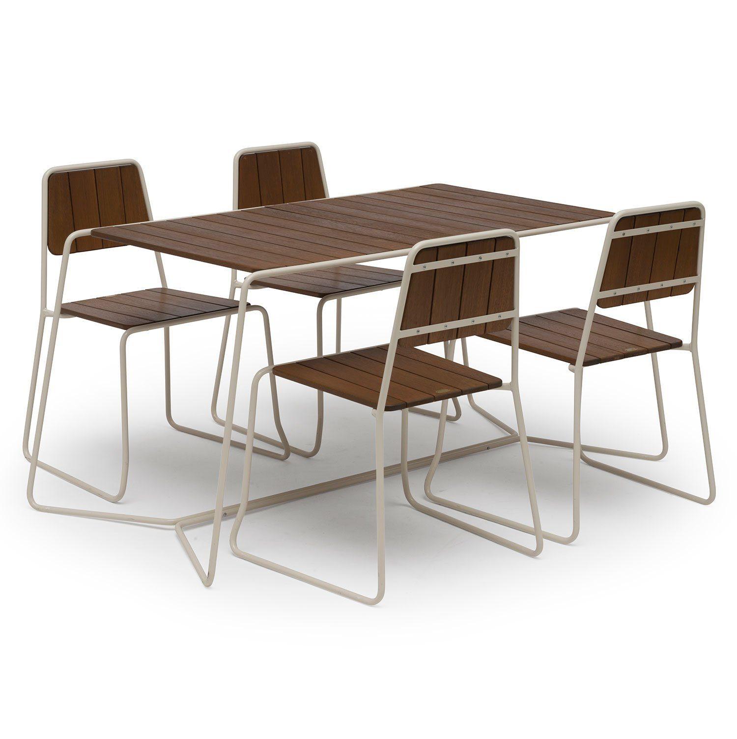 Oas stolar och bord från Hillerstorp Trä.