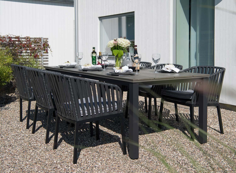 Jet Set matgrupp i svart och grått från Hillerstorp trä.