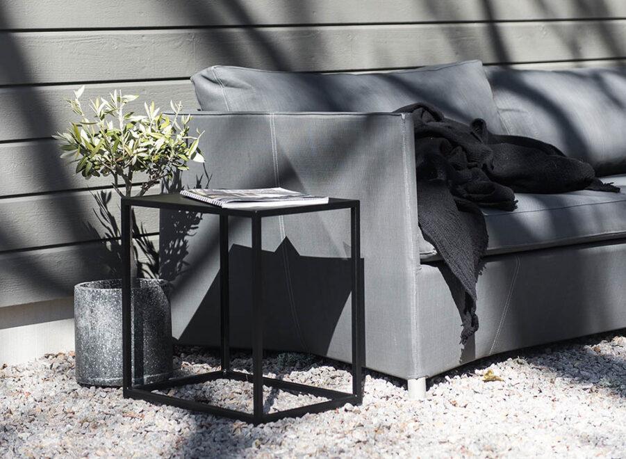 Pall i svart från Design Of.