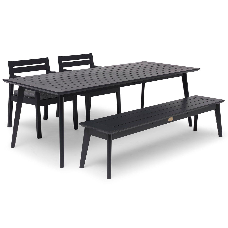 Stoltö bänk, karmstol och matbord i orkangrå från Hillerstorp.
