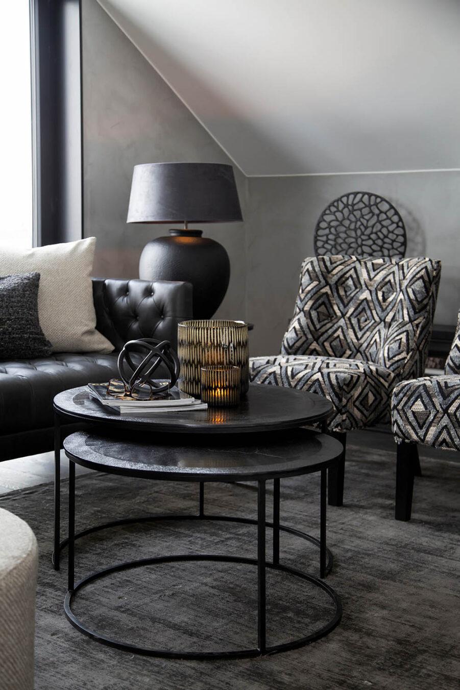 Miljöbild Williams soffa, Amadeo soffbord, ST Moritz stol från artwood