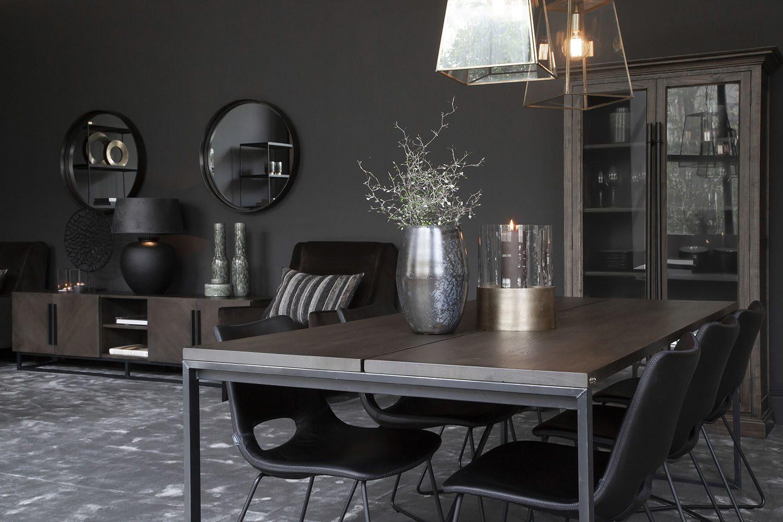 Miljöbild på matbordet Bennie från Artwood.