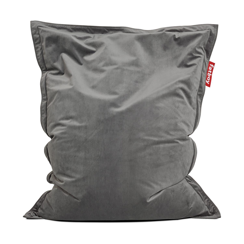 The Original Slim velvet saccosäck från Fatboy i färgen taupe.