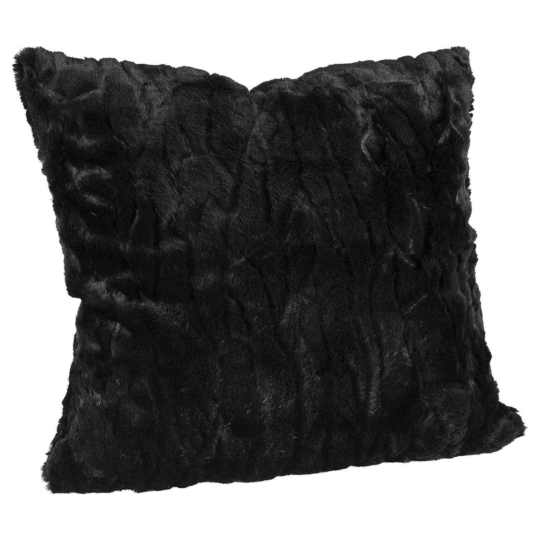 Celine solid black kuddfodral i pälsimitation.