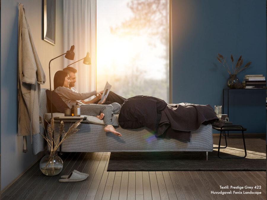 Jensen Prestige ramsäng med Nordic Seamless och sänggaveln Fenix Landscape.