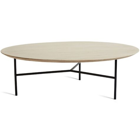 Tribeca soffbord med diameter på 110 cm och bordsskiva i vit såpad ek.