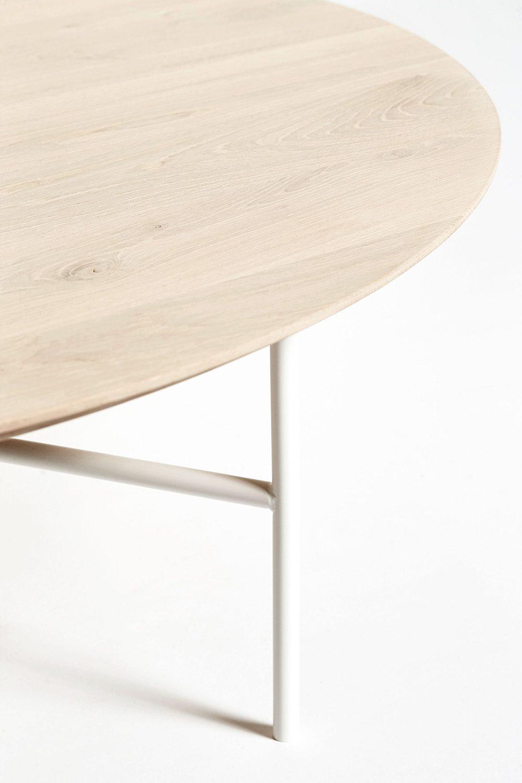 Detaljbild på Tribeca soffbord med såpad ekskiva.