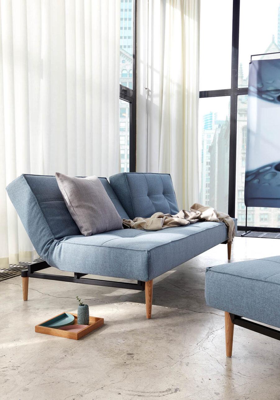 Miljöbild på Splitback soffa från Innovation Living.