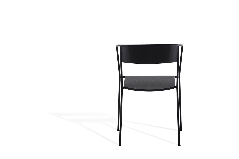 Arholma karmstol i mörkgrå stål.
