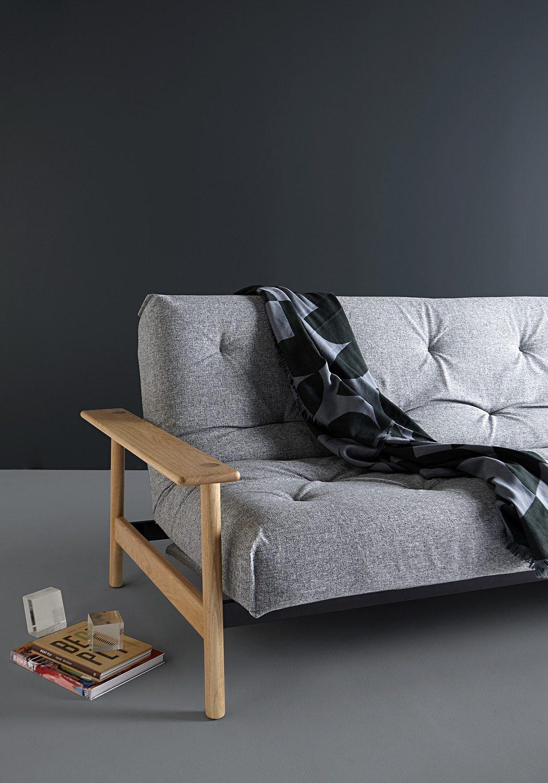 Miljöbild på Balder soffa i det gråa tyget Twist Granite.