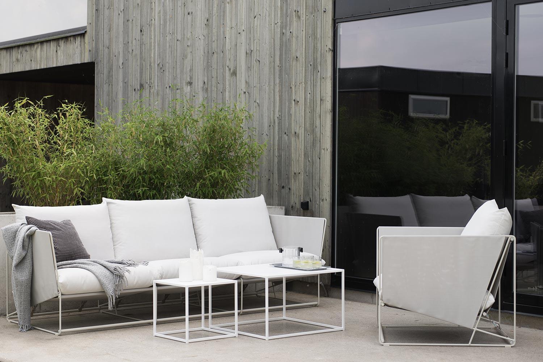 Soffbord från Domo Design i serien outdoor.