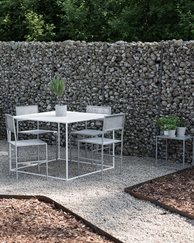 Matgrupp från Domo Design i serien outdoor.