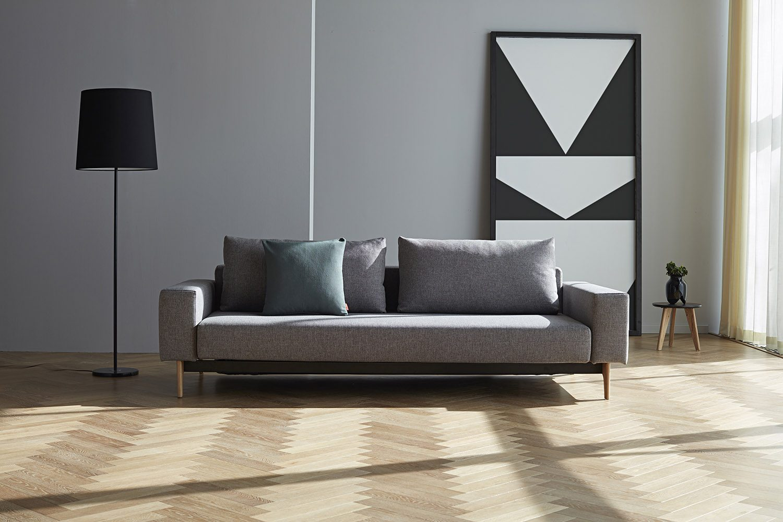 Miljöbild på Idun bäddsoffa från Innovation Living i färgen Mixed Dance Grey.