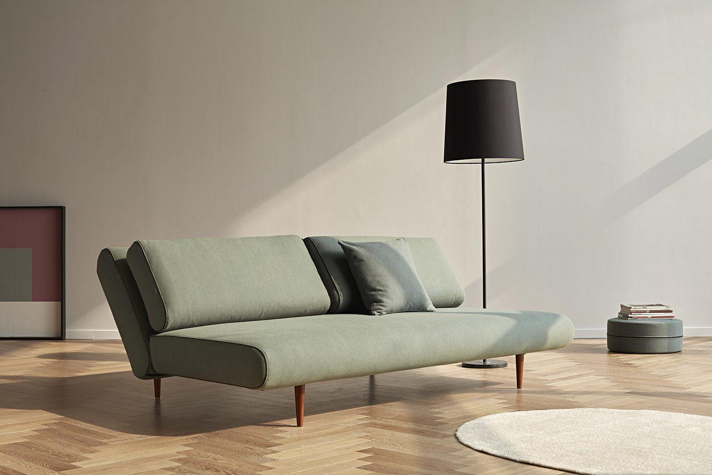 Miljöbild på bäddsoffan Unfurl Lounger från Innovation Living i färgen Elegance Green.