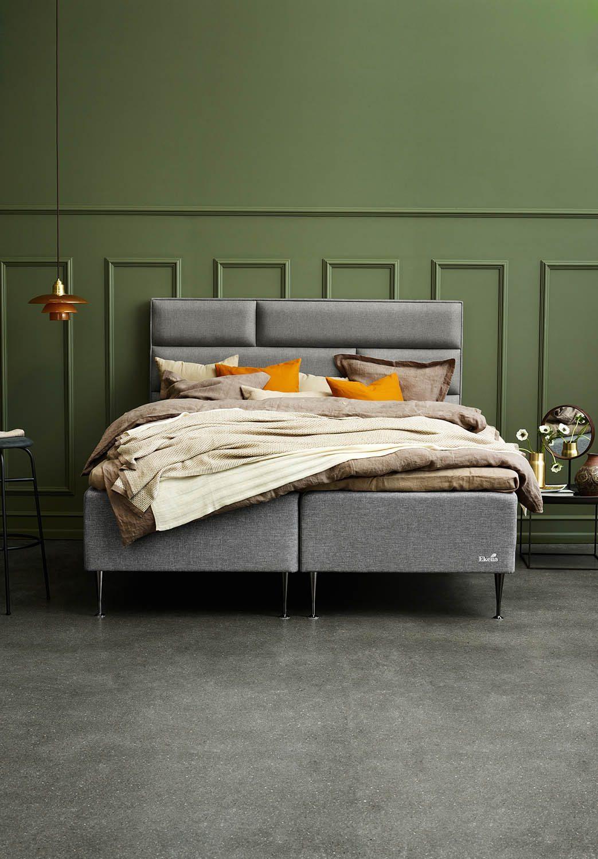 Miljöbild på Ekens Essens ramsäng med Tegel sänggavel.