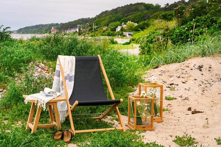 Sindos strandstol med Keros sidobord från Brafab
