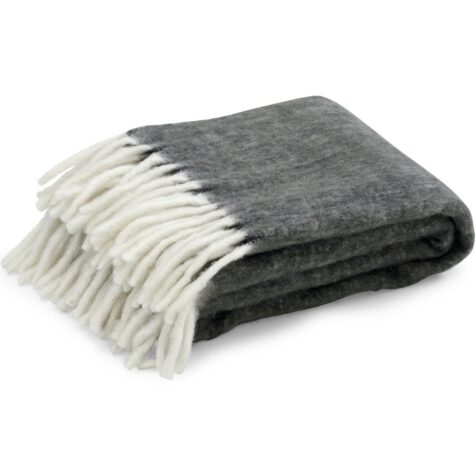 Handzame pläd i ull från Brafab.