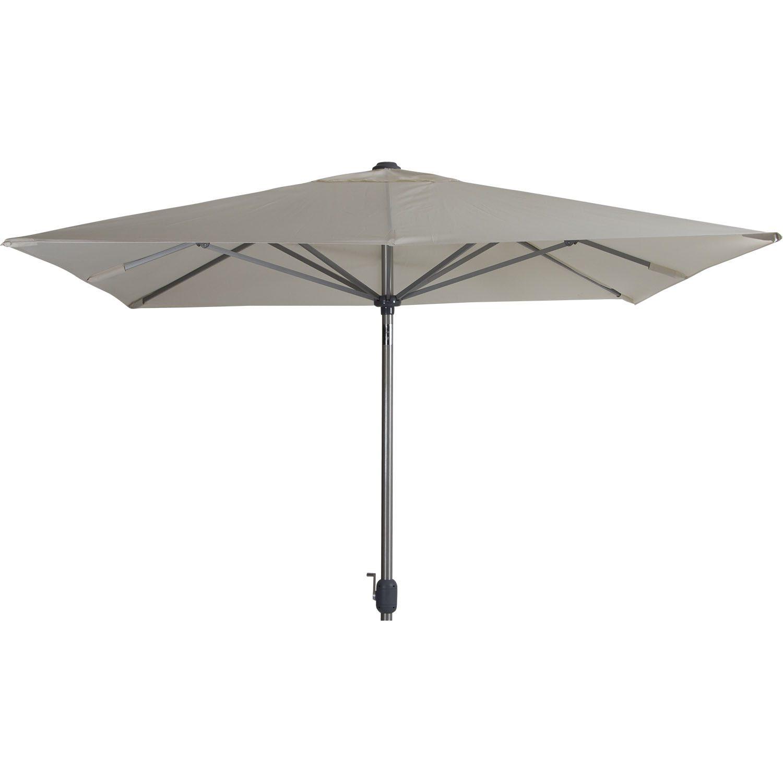 Andria parasoll från Brafab i storleken 250x250 cm i färgen beige.