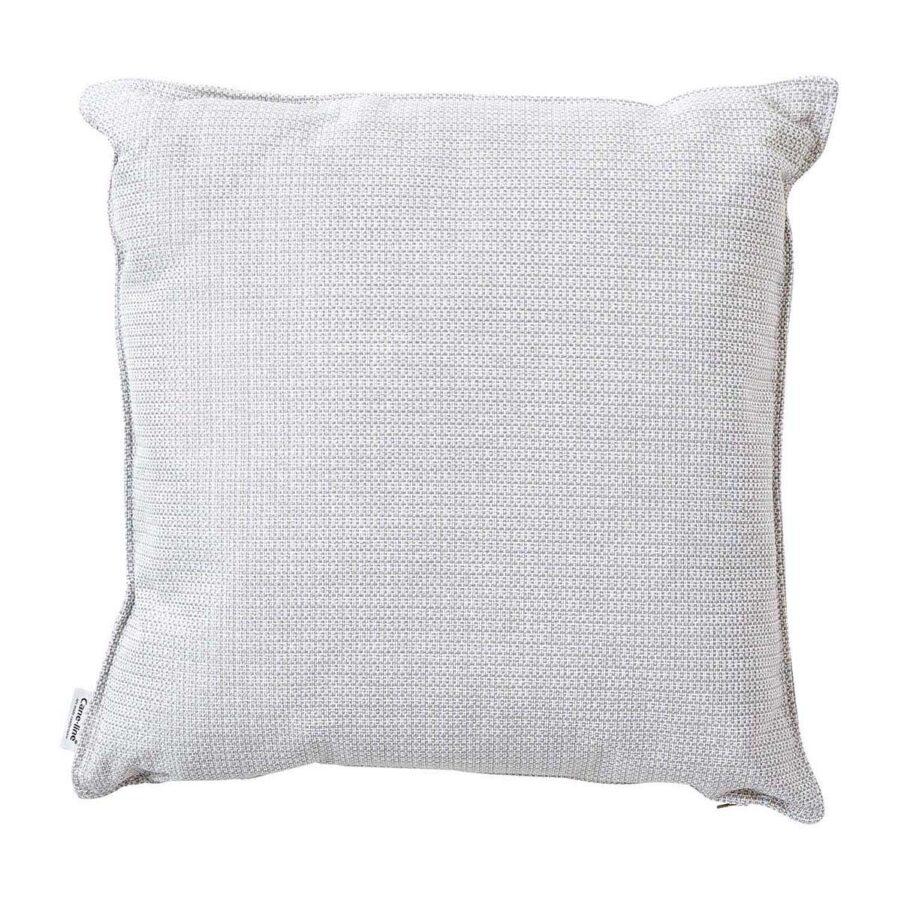 Link prydnadskudde i vitgrått i storleken 50x50 cm.