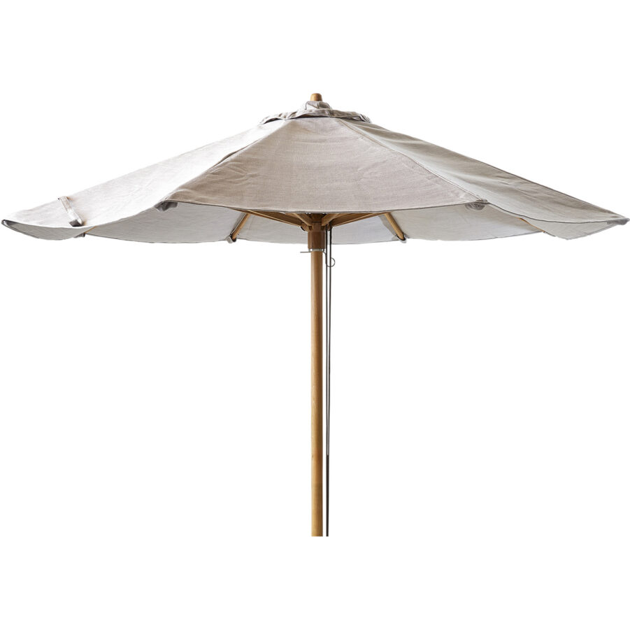 Classic parasoll från Cane-Line, passar till Peacock solsäng.