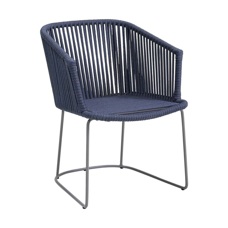 Moments karmstol i blått Cane-Linr rep.